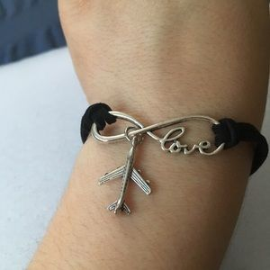 Jewelry - Love to Travel Bracelet
